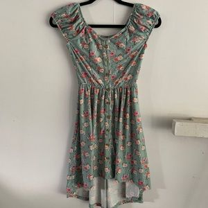 Dresses & Skirts - FLORAL HIGH LOW DRESS SIZE XS